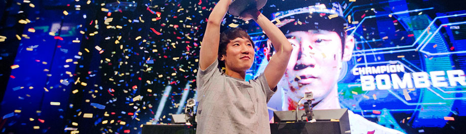 gaming tournaments earn cash