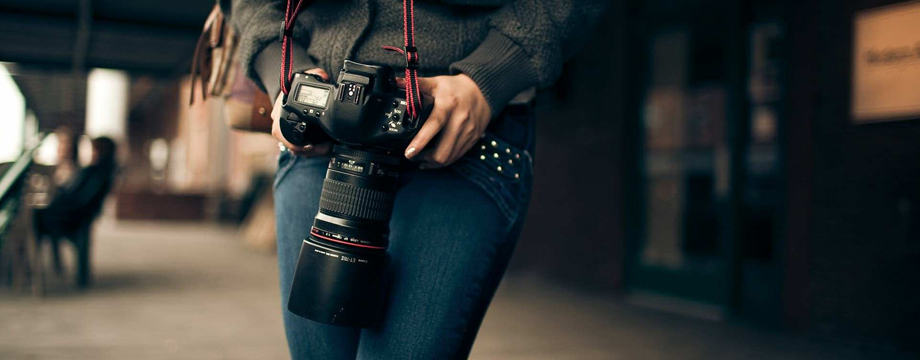 get paid photos in london